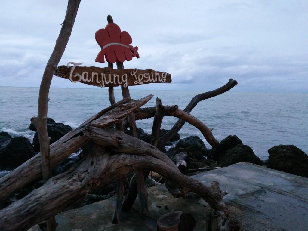 Jalan-Jalan ke Tanjung Lesung